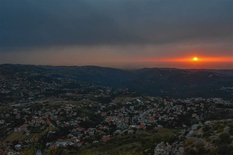 What a glorious greeting the sun gives the mountains🌄 sunset ... (Falougha, Mont-Liban, Lebanon)